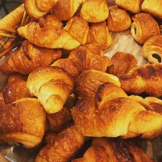 ミニクロワッサン(Boulangerie et Cafe Main Mano)