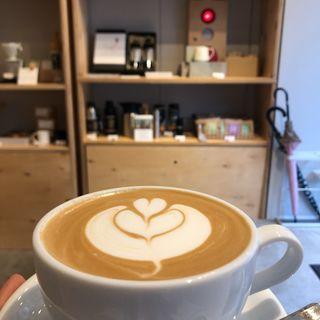 デカフェ カフェラテ(タオカコーヒー OKAMOTO KOBE)