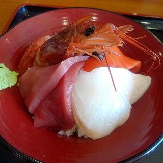 店主の気まぐれ丼 1000円(土崎湊屋)