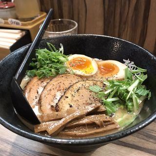 炙り豚らーめん(麺や ふくわらい)