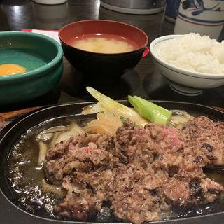 鉄板すき焼き(牛庵 (ギュウアン))