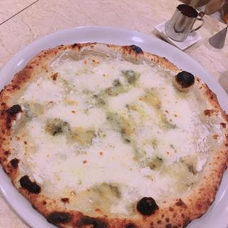 クアトロフォルマッジ(ピッツェリア ダ ティグレ (Pizzeria da Tigre))