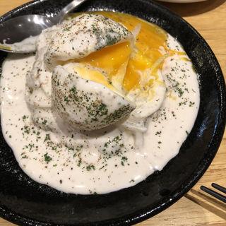 半熟卵とスモークチーズのポテトサラダ(マルミチェ (marumiche))