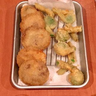 揚げ物盛り合わせ(フランス惣菜と串カツ marbrade)