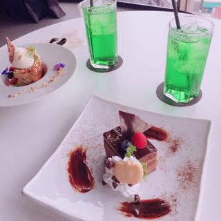 チョコレートケーキ(アミューズカフェシアター)