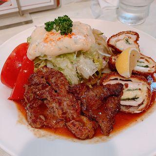 照焼きステーキとチキンカツ(サラダの店サンチョ 河原町本店 )