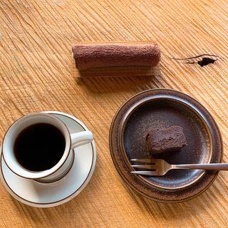 ブレンドコーヒー チョコレートケーキ