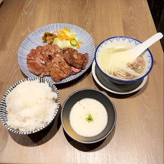 牛たん大盛り定食(炭焼牛たん東山ekie広島店)
