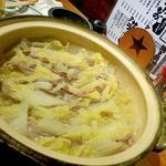 白菜と豚バラ肉のミルフィーユ鍋(ぃぃ居酒屋アラタ )
