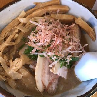 濃厚魚介豚骨ラーメン(潮の風吹くラーメンハナヤマZ)