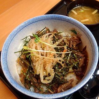 牛たん煮込み丼(長者亭 )