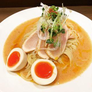 限定 よだれ鶏のトマトロロつけ麺(八咫烏)