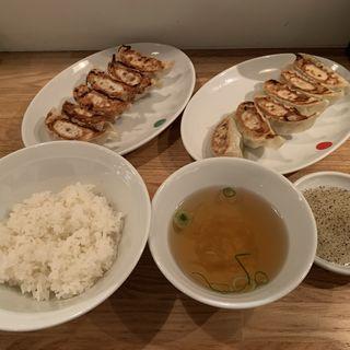 焼き餃子あり+なし+小ライス(ぎょうざいってん 神田本店 )