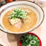 味噌ラーメン ネギ増し(札幌麺屋 美椿)