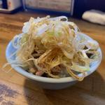 刻みチャーシュー丼(少なめ)