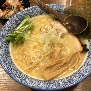 濃厚鶏白湯そば(鯛そば そると)