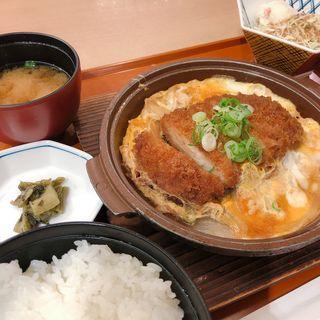 かつとじ定食(かごの屋 龍野西SA上り店)