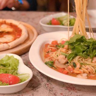 小海老とルッコラのスパゲティ