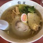 塩ラーメン(龍鳳 大門横丁店 (りゅうほう))