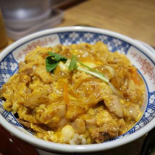 親子丼と唐揚げのセット(金から亭 天神親不孝通り店)