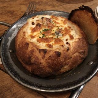 フランスパンのグラタン(彼氏の手料理ダイニング SORALI)
