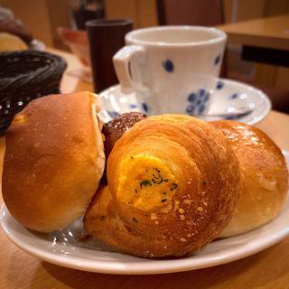 パン食べ放題セット(鎌倉パスタ 仙台パルコ店)