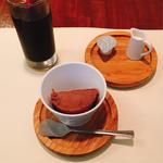 チョコレートのジェラートbyフザブジェラート、アイスコーヒー