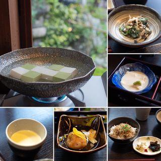 雅(豆腐料理 松ヶ枝 )
