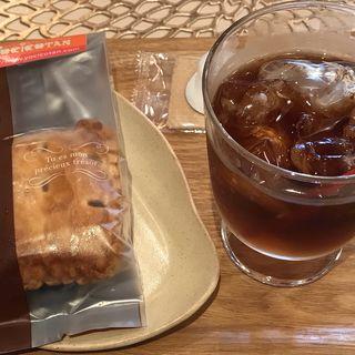 アイスアップルパイ(カスタード)と紅茶のセット(YOCICOTAN Cafe 水戸南町なか店)