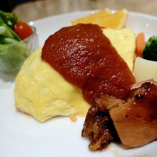 トマトソースオムライス(モリ カフェ)