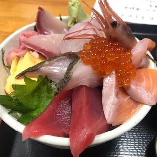 特海鮮丼(魚や 翻車魚丸)