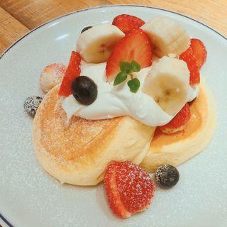 季節のフレッシュフルーツパンケーキ(FLIPPER'S 吉祥寺店 )