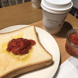 いちごトースト(いちびこ 代々木上原店)
