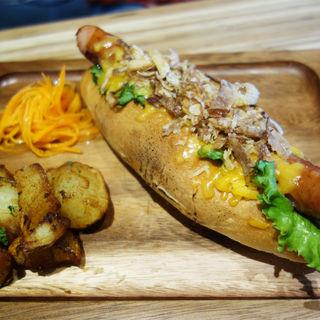 チェダーチーズドッグ(B.B.M 六本松店)