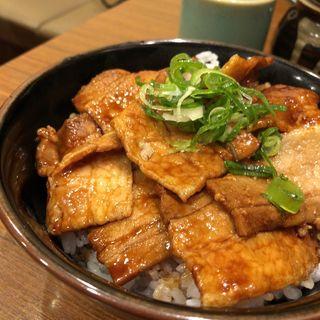 豚丼(豚々亭 (【旧店名:牛亭】))