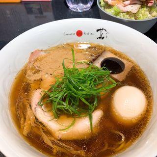 醤油Soba(Japanese Soba Noodles 蔦 (ジャパニーズソバヌードル ツタ))