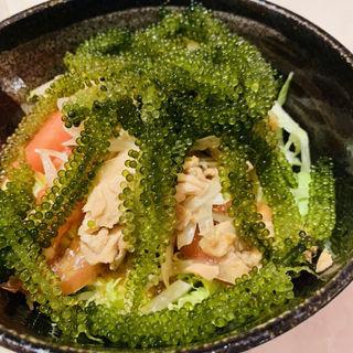 海ぶどうサラダ(琉球食堂 )
