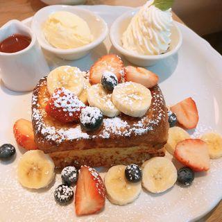 フレンチトースト ミックスフルーツ(オリジナルパンケーキハウス 新宿店)