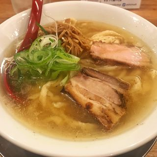 喜多方ラーメン(塩)(麺や七彩)