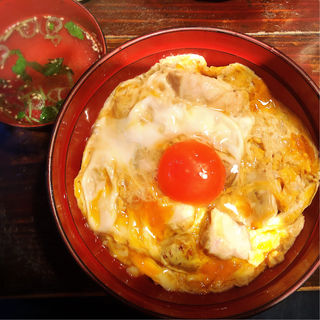 東京軍鶏の炭焼き親子丼(鶏味座)