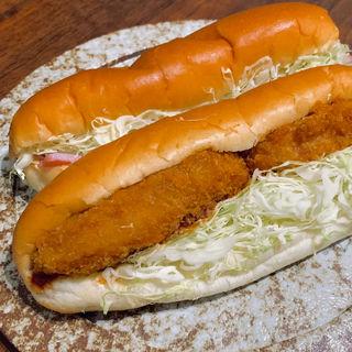 コロッケぱん、サラダぱん(まるき製パン所 )