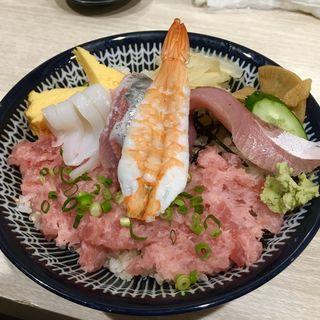 ネギトロ丼(鮨処扇)
