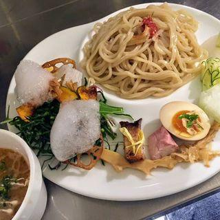 ベジつけ麺 海老とトマトの鶏白湯スープ(麺や庄の gotsubo)