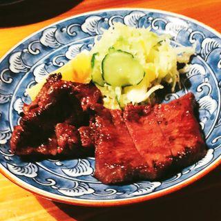 炭焼き牛タン(炭焼 万作 (マンサク))