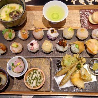 手鞠鮨14貫セット(手毬鮨と日本茶 宗田)