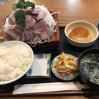 寒ブリ刺身定食(とりいづか )