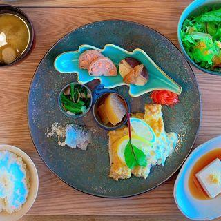 季節のランチプレート(レストラン庵)