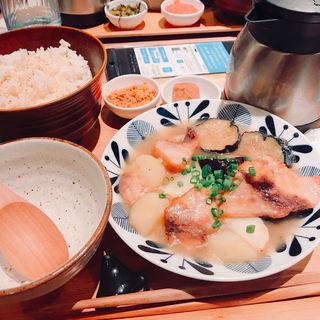 メカジキと3種野菜の塩レモン唐揚げ(こめらく 有楽町店 )