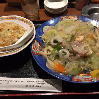 半ちゃん皿うどんセット(萬龍 )