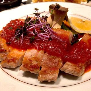 庄内豚ロースステーキ(東北の郷土料理 笑美酔 ~えびす~ 国分町店)